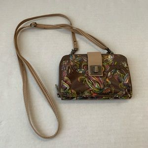 Women's SAKROOTS Crossbody Wallet